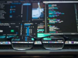 Big data - glasses (source - Pexels photo 577585)